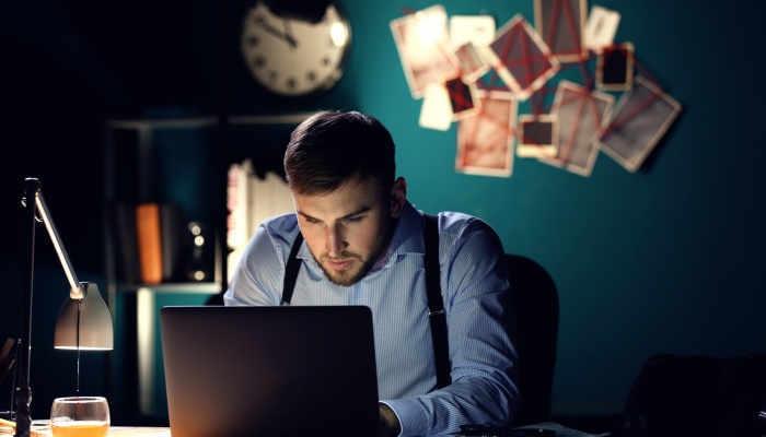 ¿Cómo te ayuda un detective privado a investigar un perfil en redes sociales?